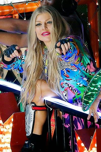 LA Love (La La): Fergie on the set of new music video