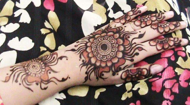 Bridals & Grooms Styles: Latest Arabic Mehndi Designs For Hands 2013