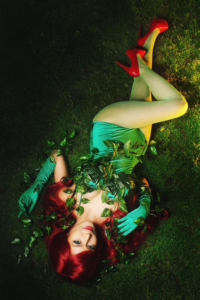 myrtle sarrosa sexy poison ivy cosplay 02