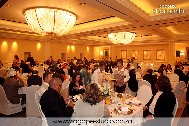 Stunning table bay sunset lameez and sulaiman cape for Table bay hotel quay 6