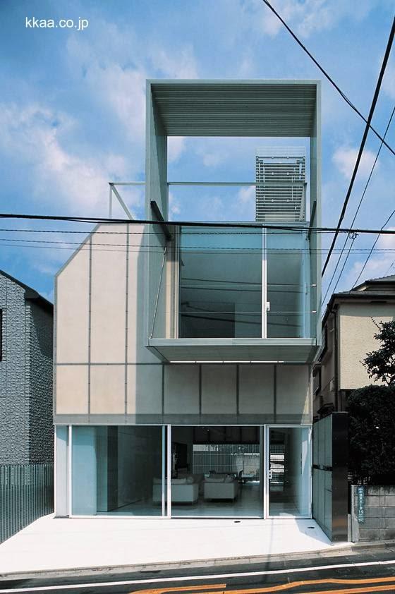 Casa de plástico diseñada por Kengo Kuma en Japón