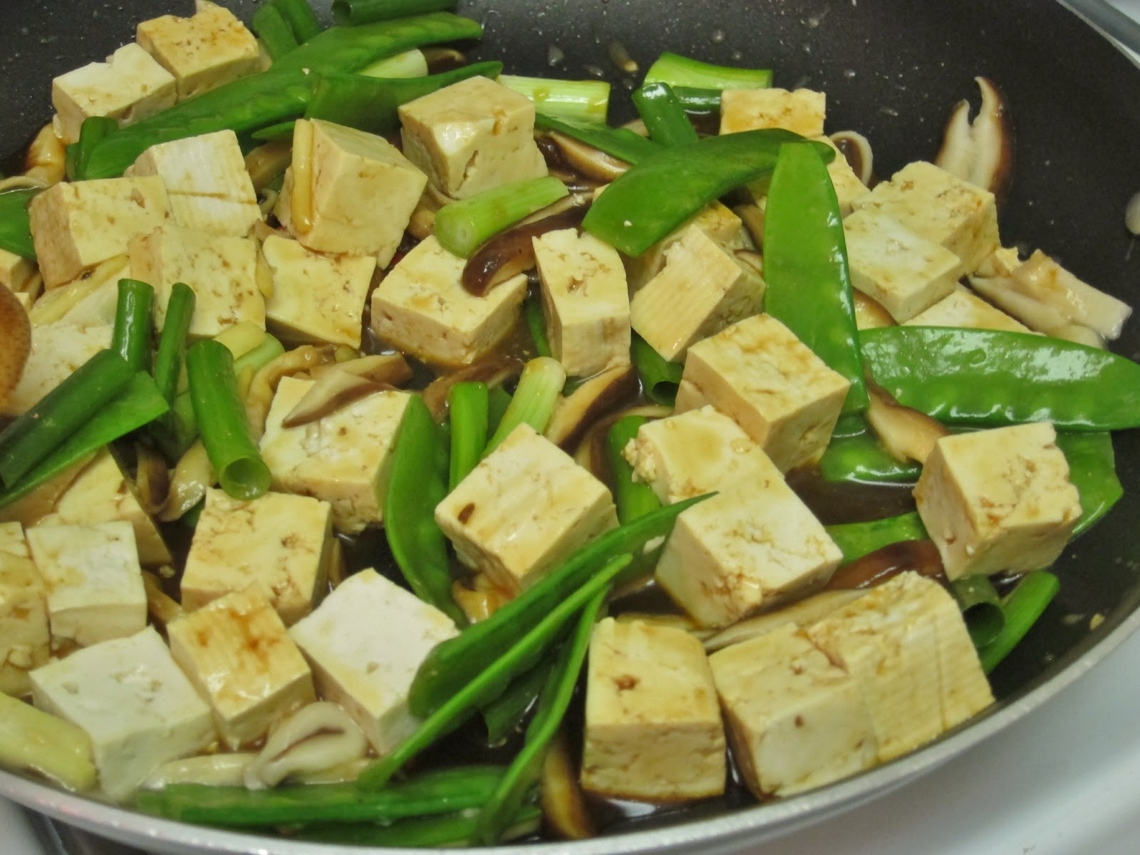 ... Vegan Chronicle: Stir-Fried Tofu, Shiitake Mushrooms, and Chinese Peas
