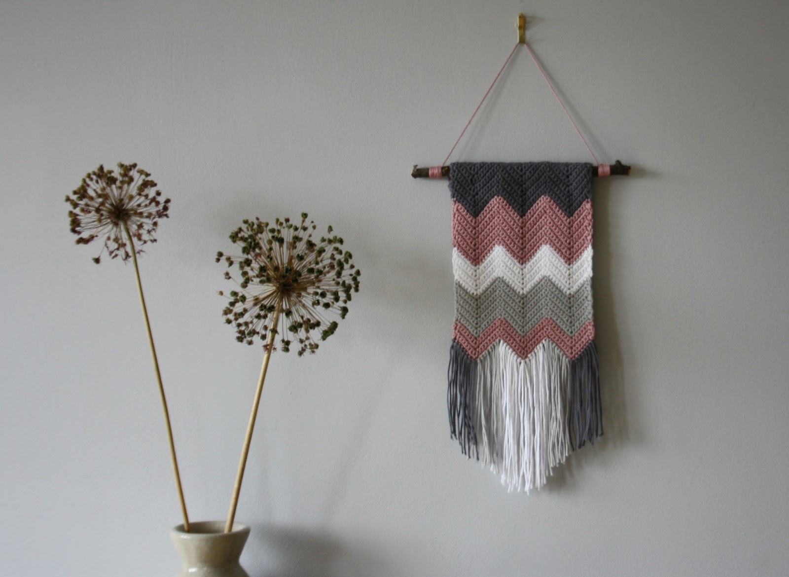 Crochet Wall Hanging : Tales from a happy house.: A Crocheted Zigzag Wall Hanging