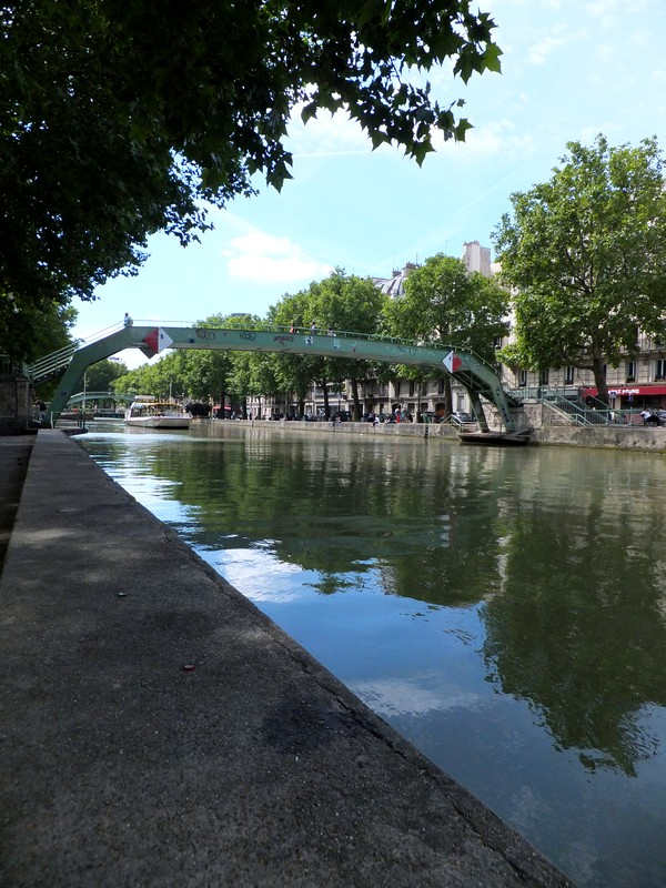 paris canal saint-martin