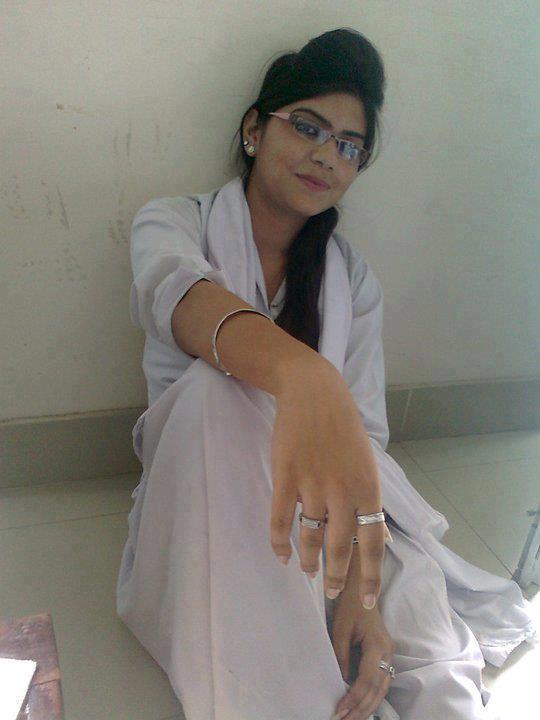 Beautiful Desi Girls