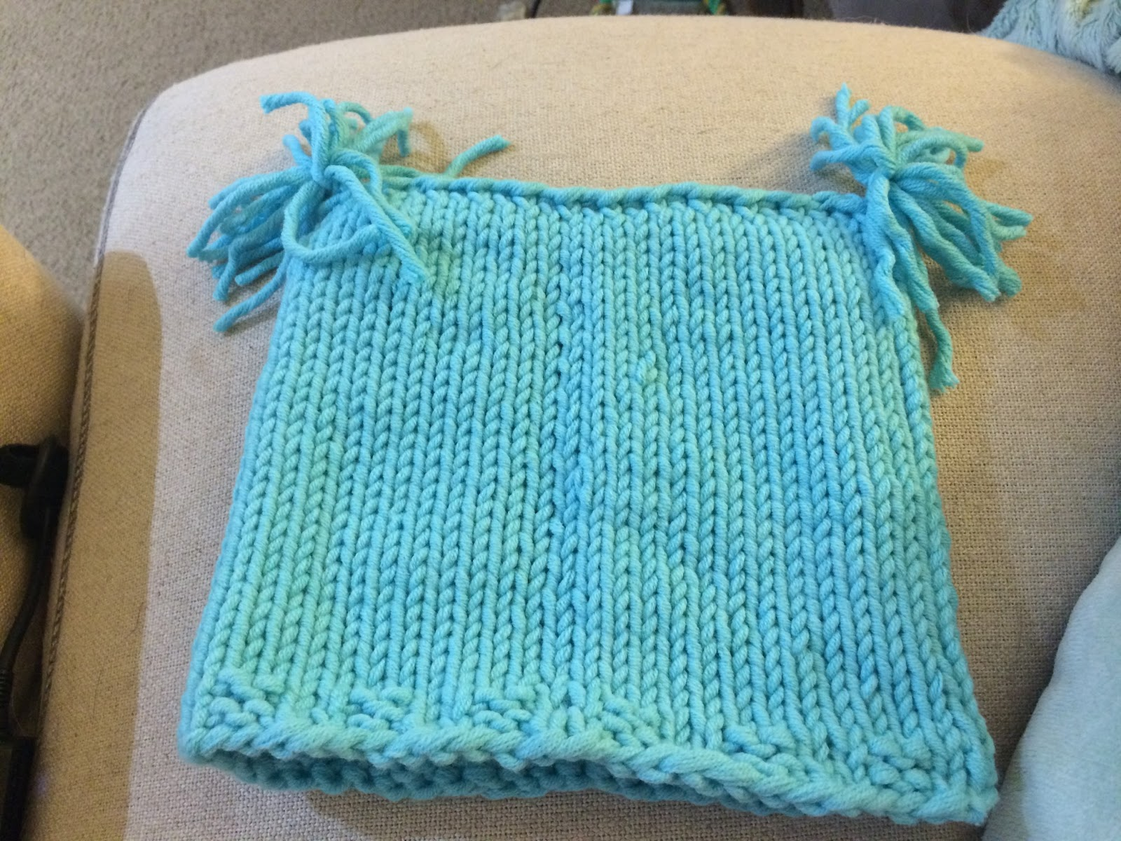 knit baby blue hat