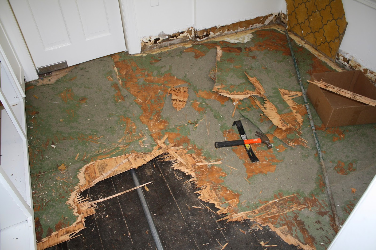 removing linoleum floors - How to restore wood floors