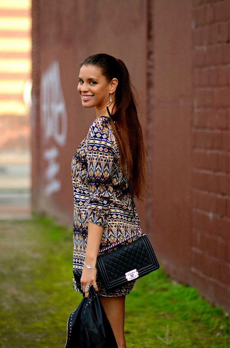 Tamara Chloé. Ethnic print dress, Seventies style dress,  Chanel boy bag