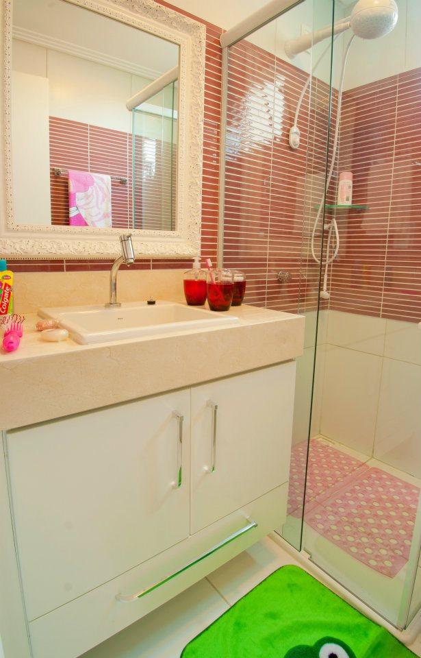 Rafaella Lousada Banheiro feminino -> Diarreia Banheiro Feminino