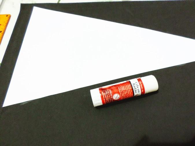 Como fazer aviso de porta estilo galhardete (pennant)
