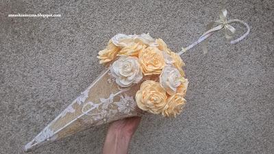 parasolka, rękodzieło, róże z krepy