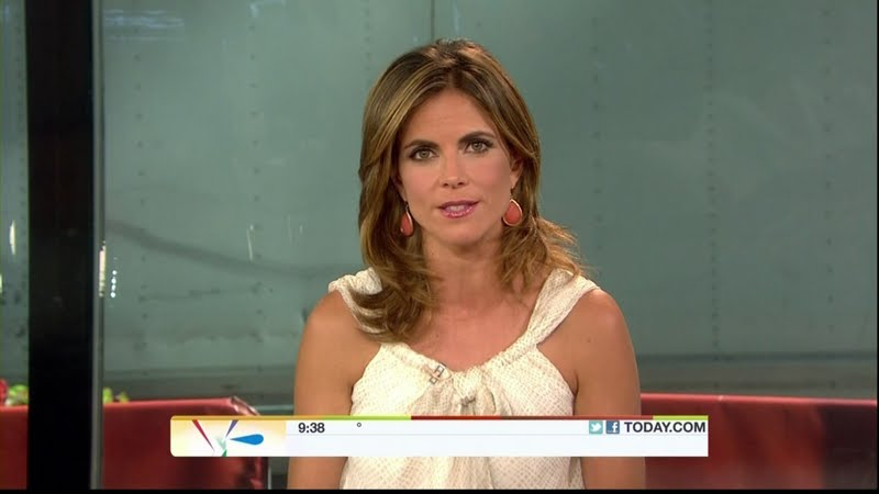 Savannah Guthrie Bikini http://www.legcross.com/2011/08/plenty-of-hotness-on-today-savannah.html