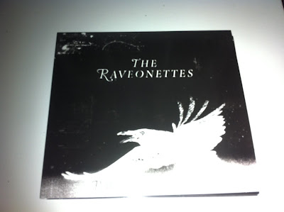 The_Raveonettes-Raven_In_The_Grave-2011-pLAN9