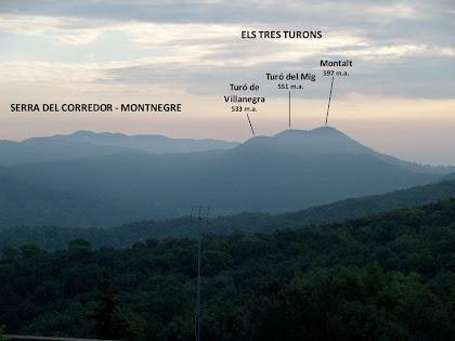 Panoràmica del Montalt i la Serra del Corredor-Montnegre des del Camí de la Cornisa