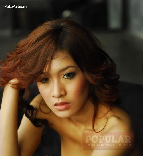 Model seksi Majalah Popular Sepanjang 2012
