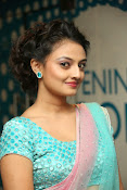 Nikitha Narayan latest glam pics-thumbnail-10