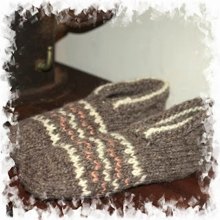 http://www.sunflowerfield.fi/handmade-wool-products-c-40.html