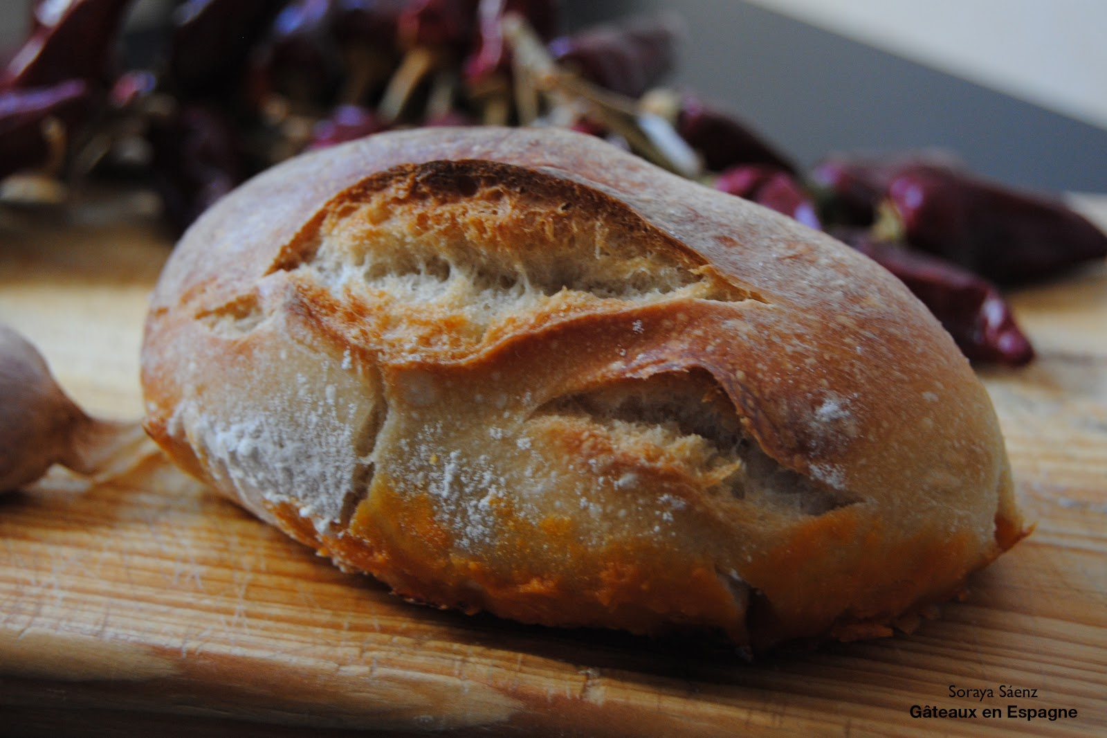 g teaux en espagne le 39 pre ao 39 le pain espagnol au chorizo. Black Bedroom Furniture Sets. Home Design Ideas