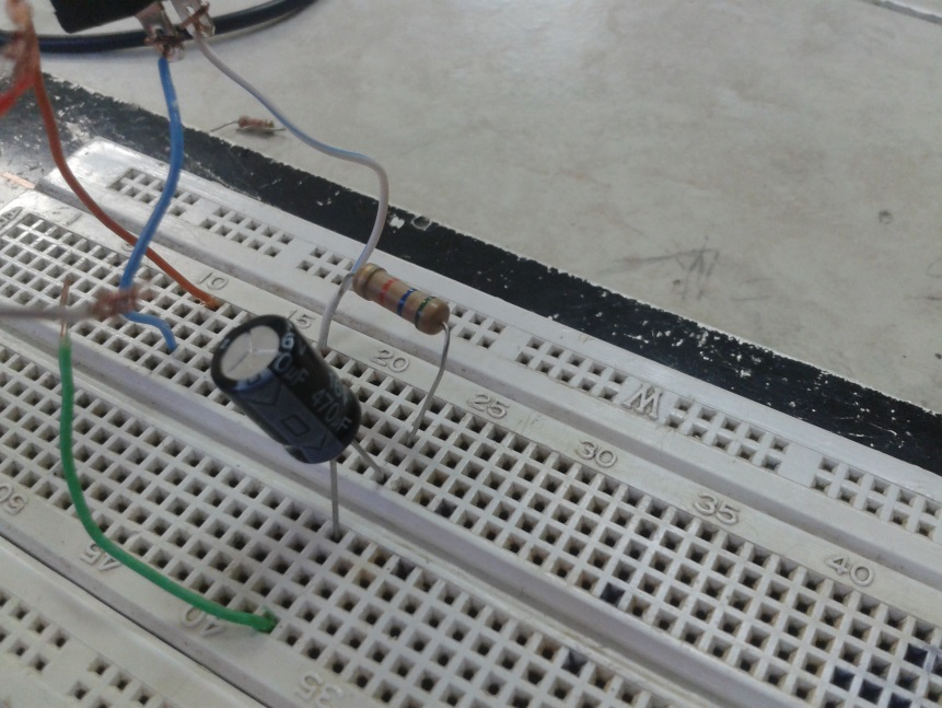 Circuito Rc : Electromagnetismo práctica no circuito rc