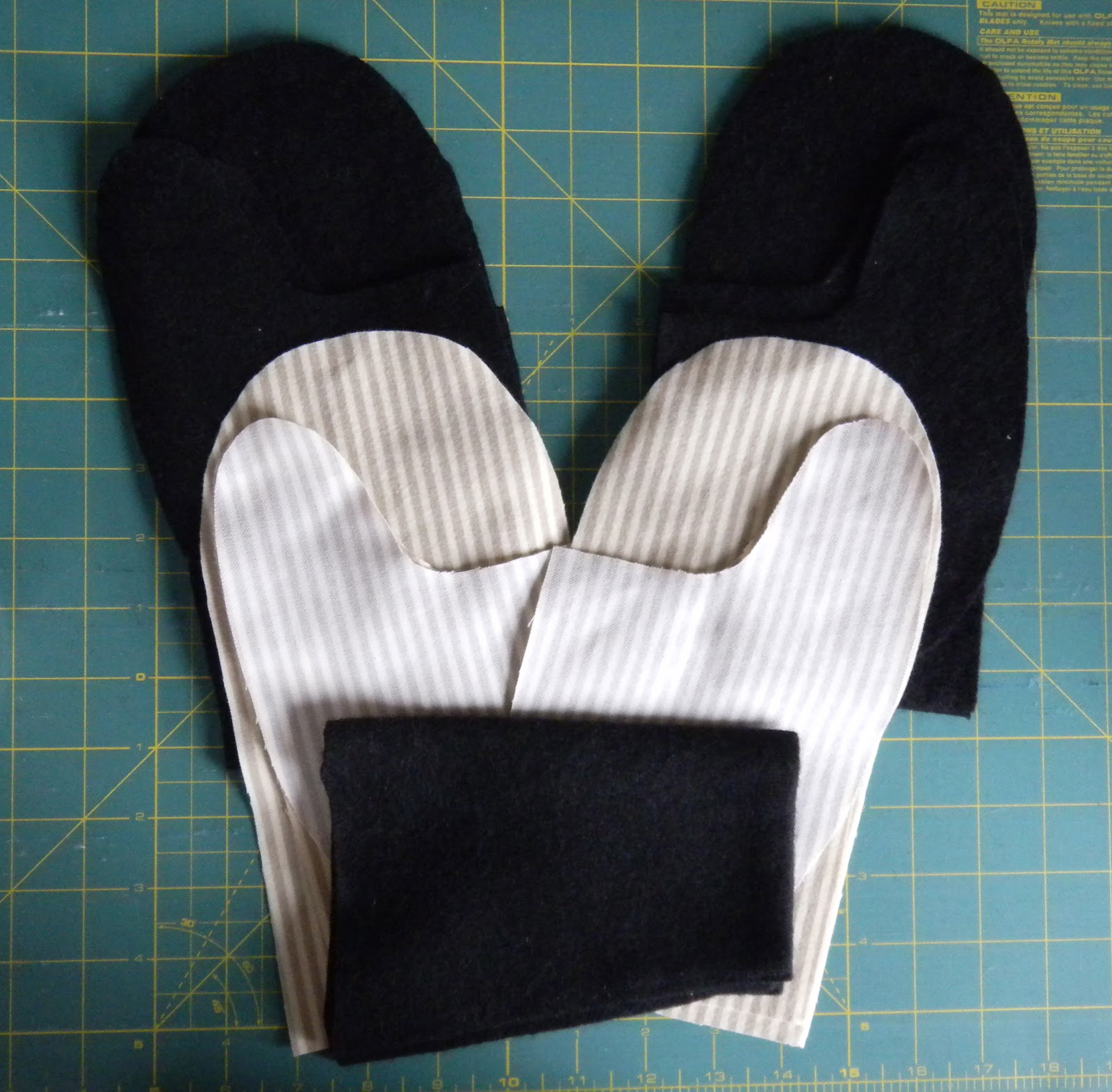 ginderellas: Recycled Sweater Mittens