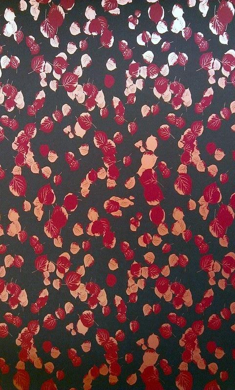 tapeta wzór jesienny złoto czerwone liście