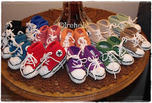 Mina virkade Baby converse