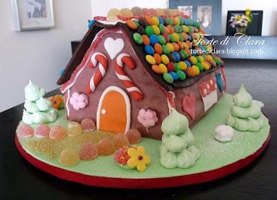 Torte di clara candy house for Casa di caramelle