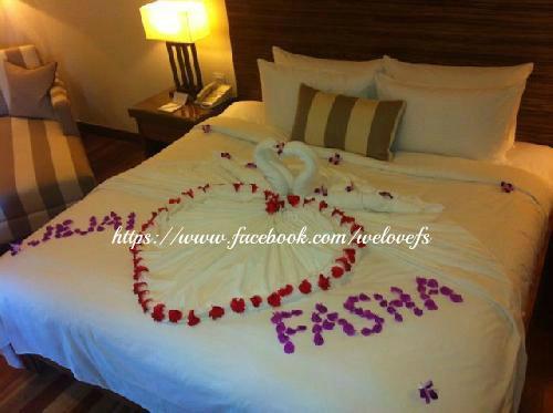 Gambar Honeymoon Fasha dan Jejai