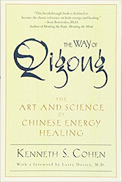 <b>The Way of Qigong</b>