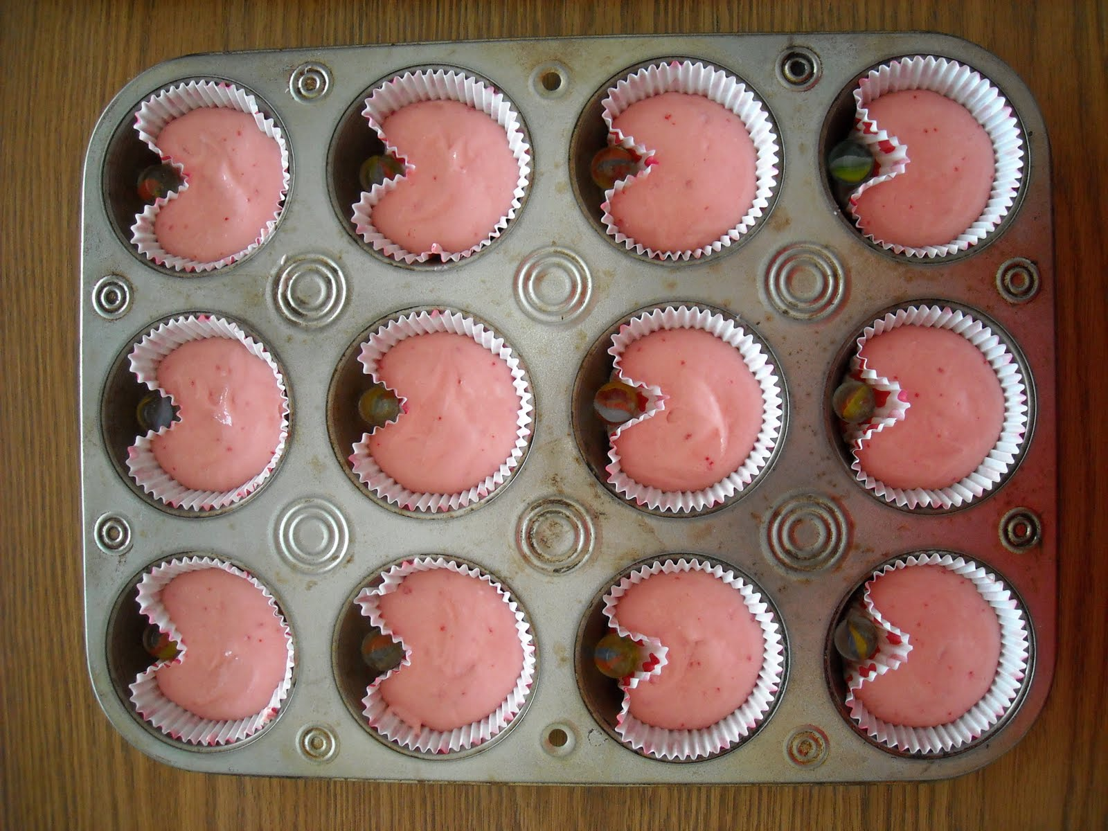 Heart Shaped Valentine Cupcakes (without A Fancy Pan!) | Six Sistersu0027 Stuff