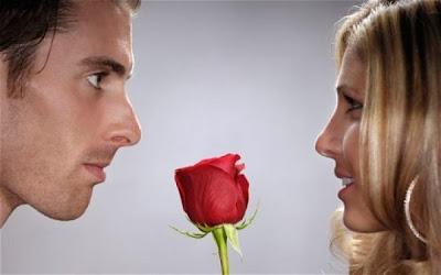 علامات وقوع الرجل فى الحب  - حب رومانسية عشق غرام رجل امرأة