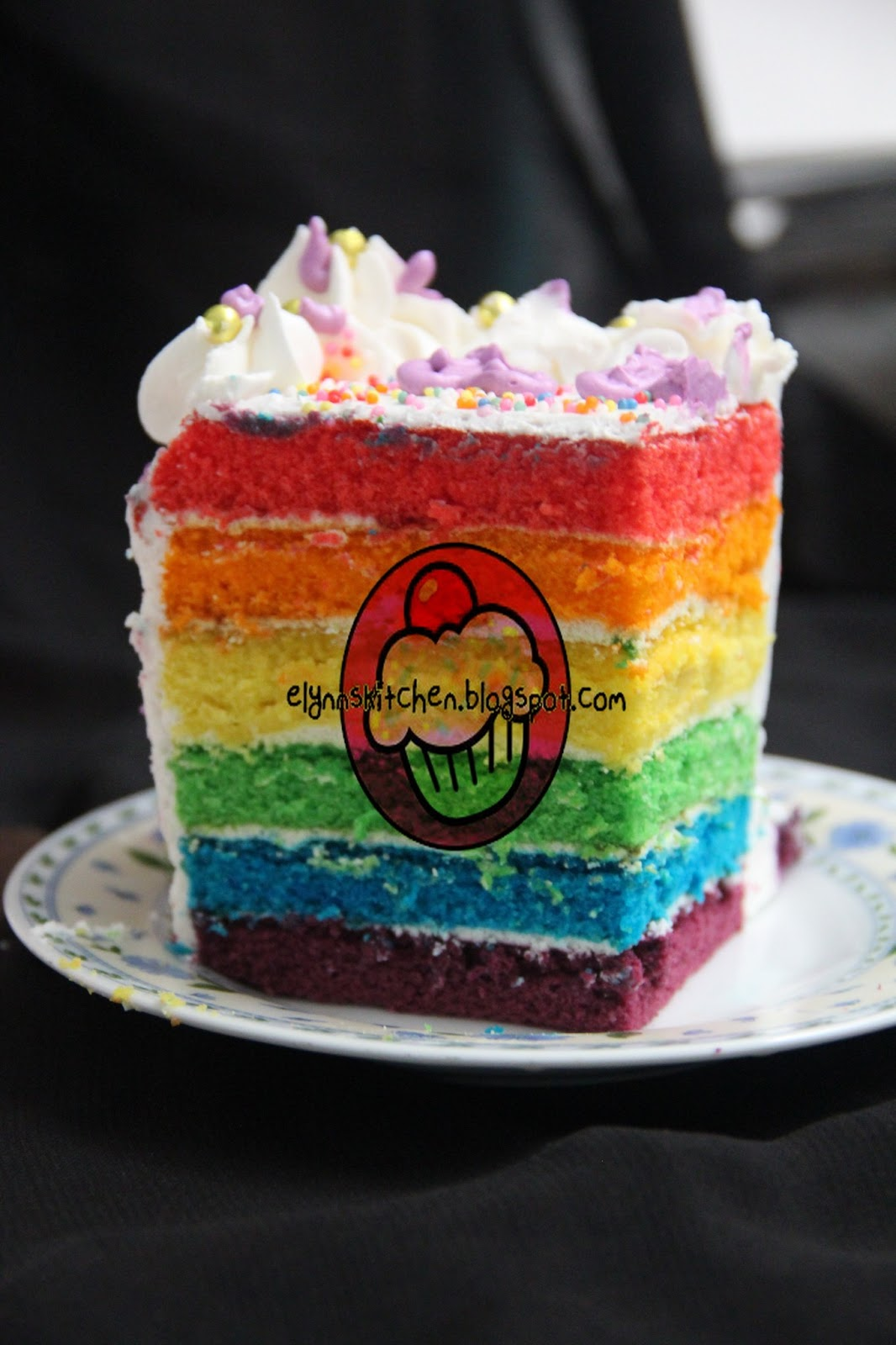 B Day Cake Images For Papa : Elynn s Kitchen - Cupcakes & More...: Rainbow Cake for ...