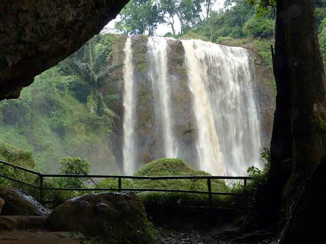 Objek Wisata Curug Sewu Jawa Tengah 5