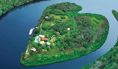 pulau makepeace australia
