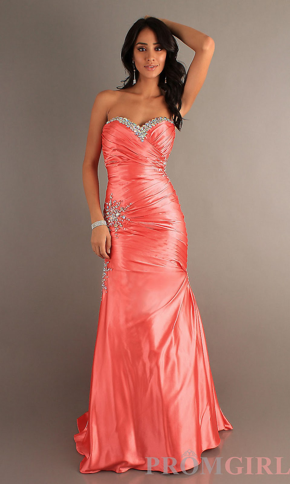 Bridal stores that carry prom dresses