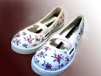 Sepatu Lukis jean 201 Cewek Rp 125 000,sepatu lukis bunga,ornamen
