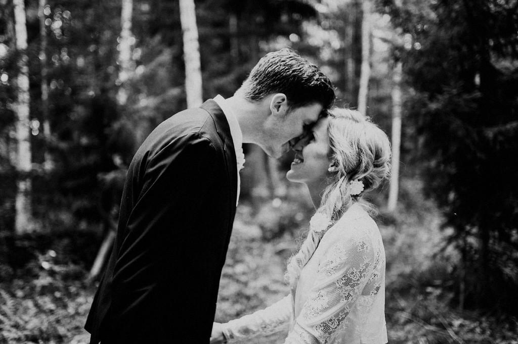 Bröllopsfotografering i Torsång | Mikaela och Mattias