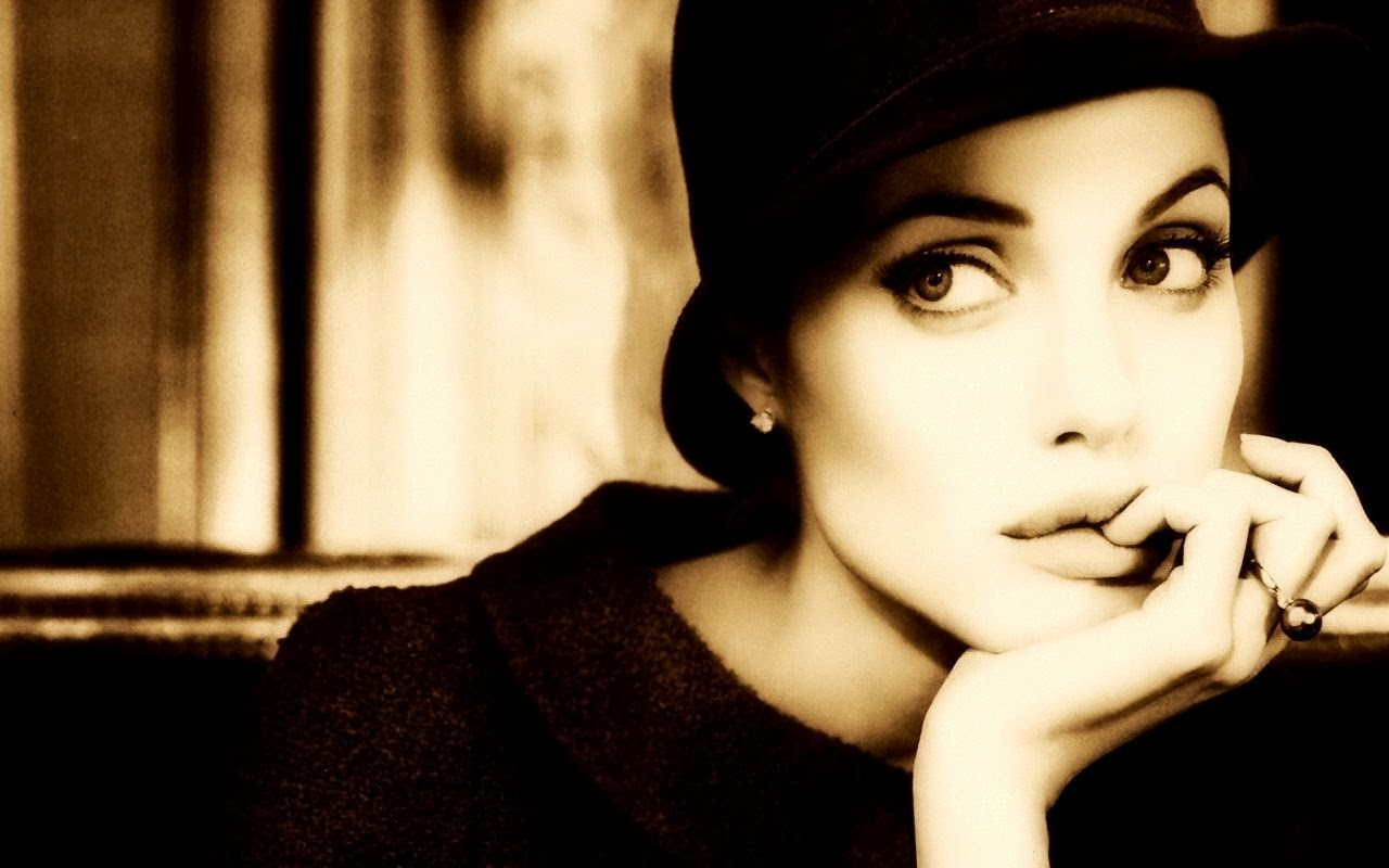 Angelina Jolie HD Wallpapers Backgrounds Wallpaper