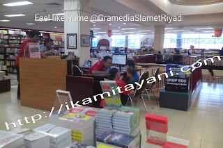 gramedia, toko buku, service keren, service bagus untuk anak-anak,