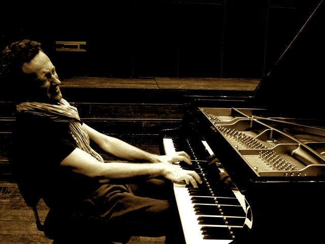 Fino al 30 luglio, appuntamento con il jazz del Midnight Jazz Festival a Palazzo Mezzanotte, Milano