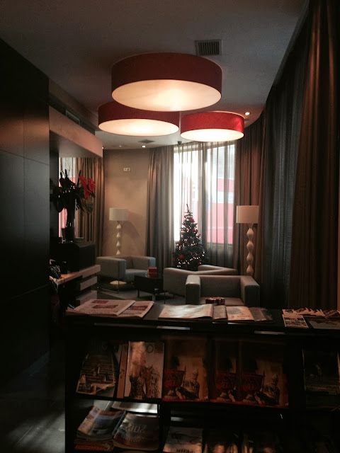 hotel_aroi_ponferrada_gisela_lopez_ordoñez_missdownpour_lobby