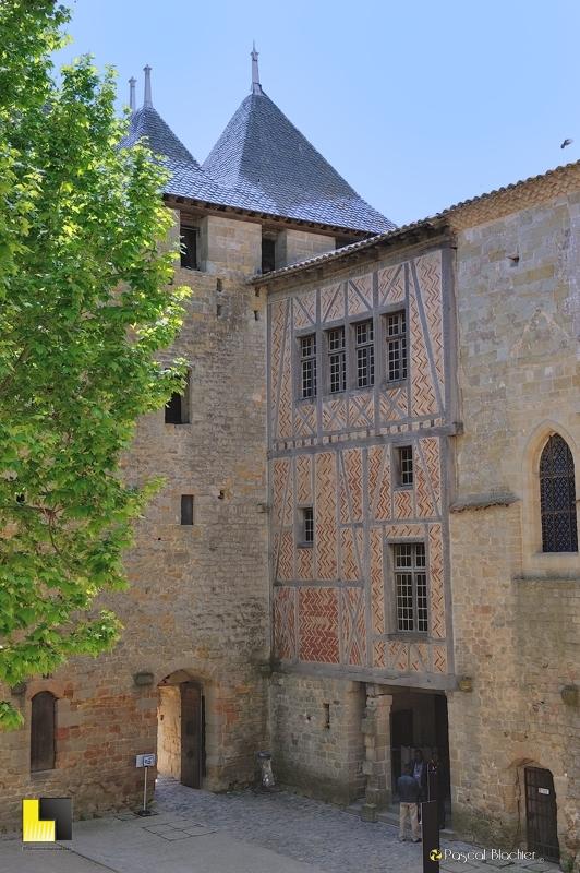 Porte du château comtal de Carcassonne photo blachier pascal