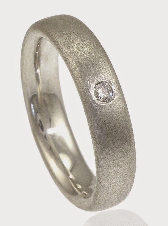 Simple Mens Silver Wedding Rings Small Diamond Design pictures hd