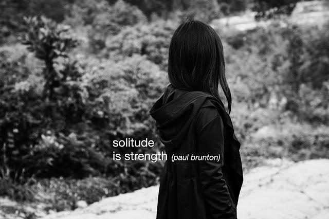 "<img src=""http://4.bp.blogspot.com/-4NMj0p0LIfM/UiiYFvCSgiI/AAAAAAAAC5U/LXYUlxB0Tys/s320/Solitude-Portrait-Jururekamphoto-7.jpg"" title=""Portrait of Solitude. Betsy Anastasia. Jururekamphoto"" alt=""Portrait of Solitude. Betsy Anastasia. Solitude is Strength. Jururekamphoto""/>"