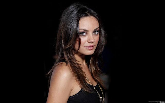 Mila Kunis Best Hollywood Actress Wallpaper