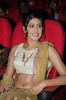 Manisha Yadav wet navel 4