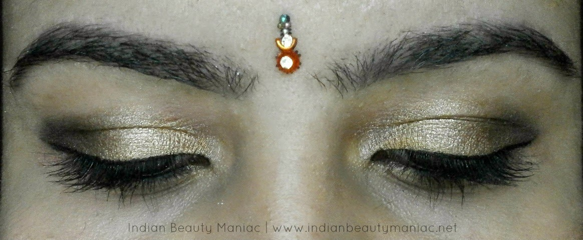 Maybelline, Tough as Taupe, Festive Gold Eye Makeup, Eye shadow, Kryolan Professional, Oriflame, Maybelline, Real Techniques, Eye makeup, Glamorous eye makeup, Sankaranti Makeup, Indian Eye Makeup