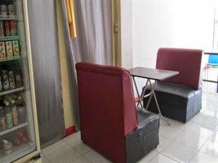 Harga Hotel Makassar - Wisma Red Hotel