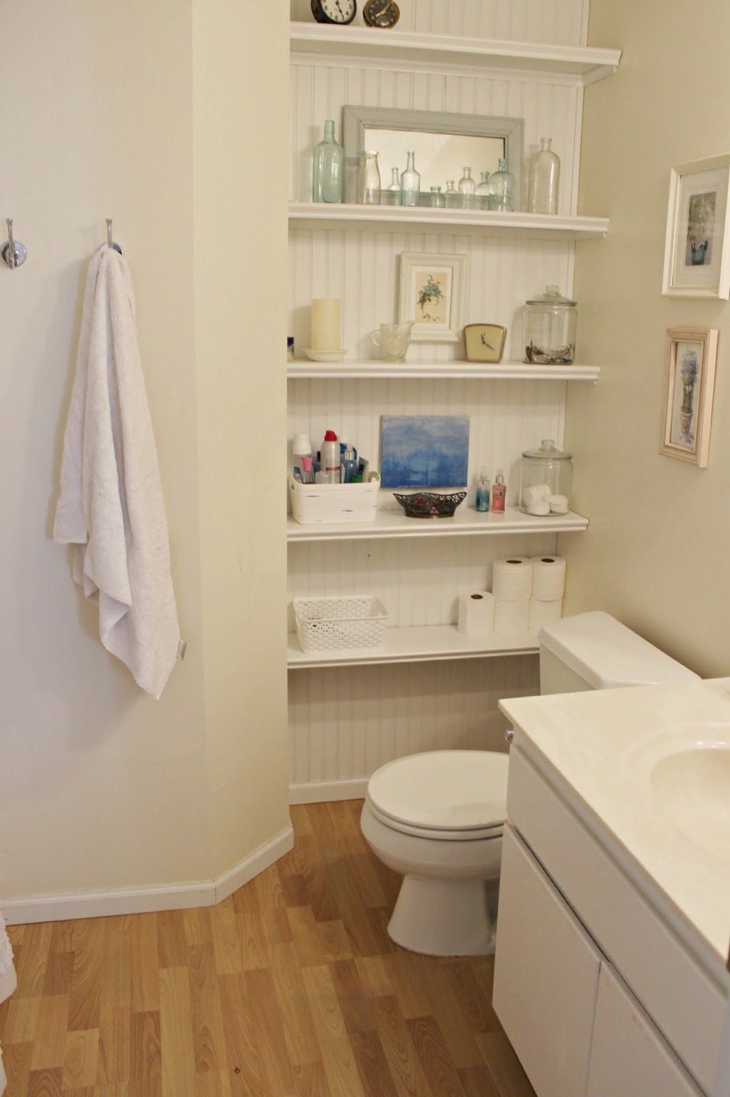 Happy at home how to maximize storage space in a small - Maximize space in small bathroom ...
