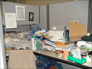 Jeffrey Beal's desk (CC license)